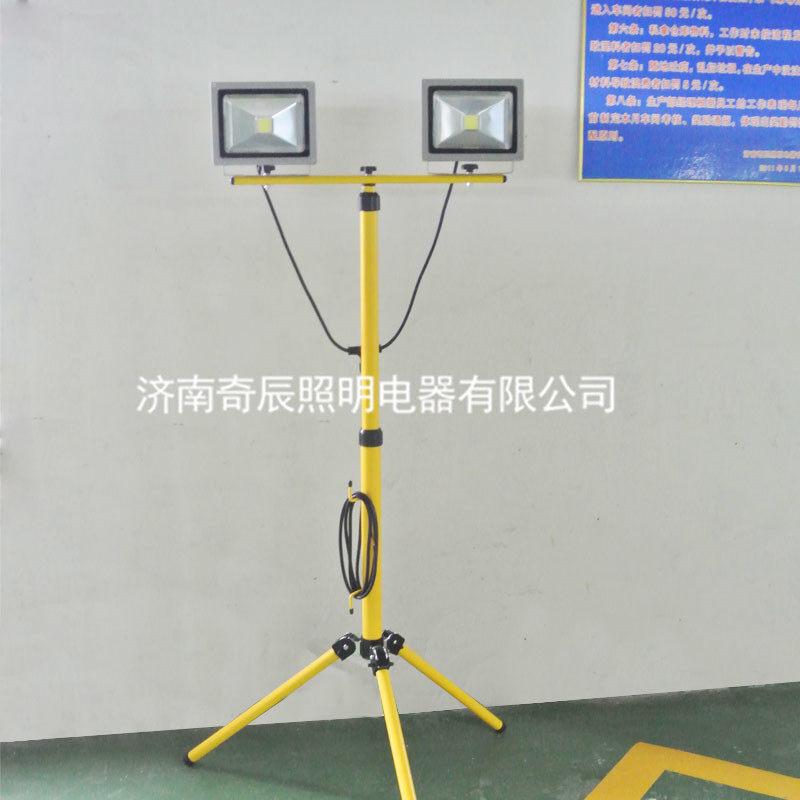 qc770c-便携式升降led作业灯图片